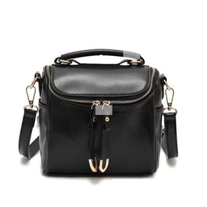 Trendy cute cheap messenger bag for women