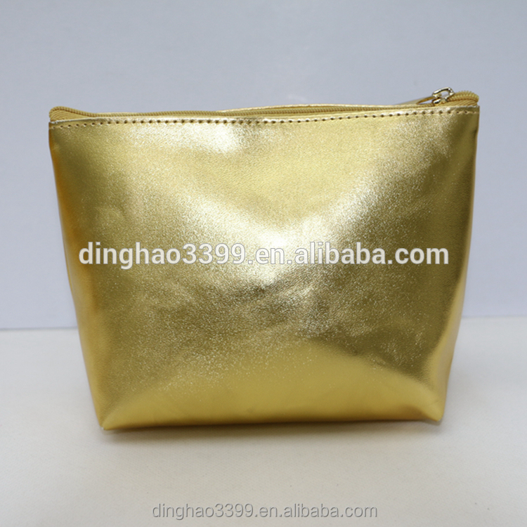 Wholesale lady cosmetic bag gold dumpling shape cosmetic bag bright PU makeup bag