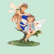 Unique customized Garden Ornament Two Resin Fly Fairies