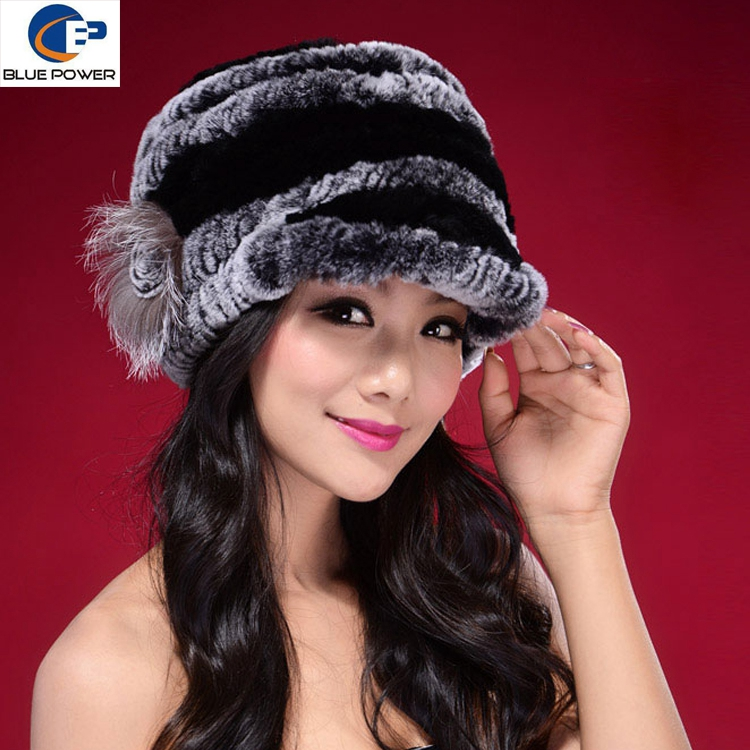 Fashion Design Handmade Knitted Real Rex Rabbit Fur Winter Peaked Cap with Flower Decoration