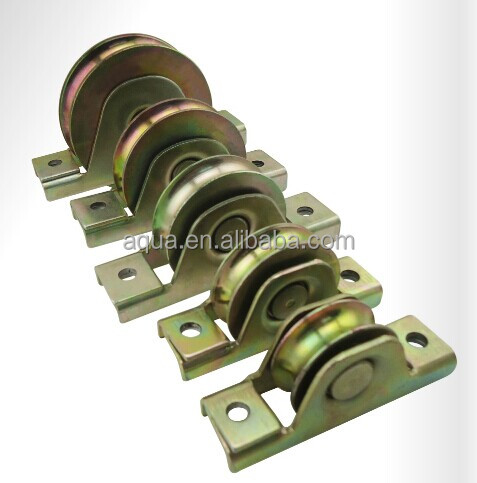 Sliding door bottom track roller