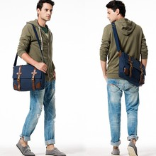 Men canvas and leather clear messenger bag in fashion design