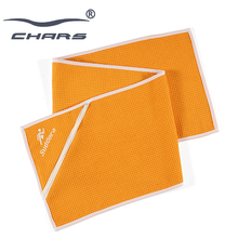 Wholesale disposable athletic embroidery logo microfiber custom gym waffle fitness towel gym towel with zipper pocket