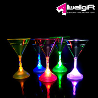 Plastic Battery Operated LED Flashing Cocktail Glass for party event home decoration