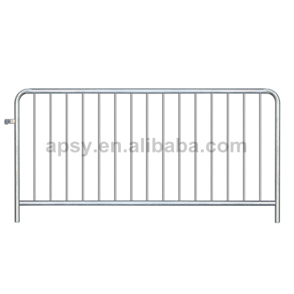 Easy to connect galvanised steel barriers