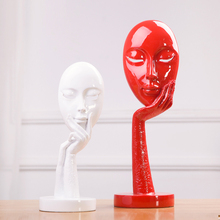 European resin red and white thinker mask crfats for table decor