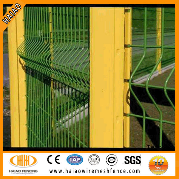 Polyester painting black 4x4 welded wire mesh fence