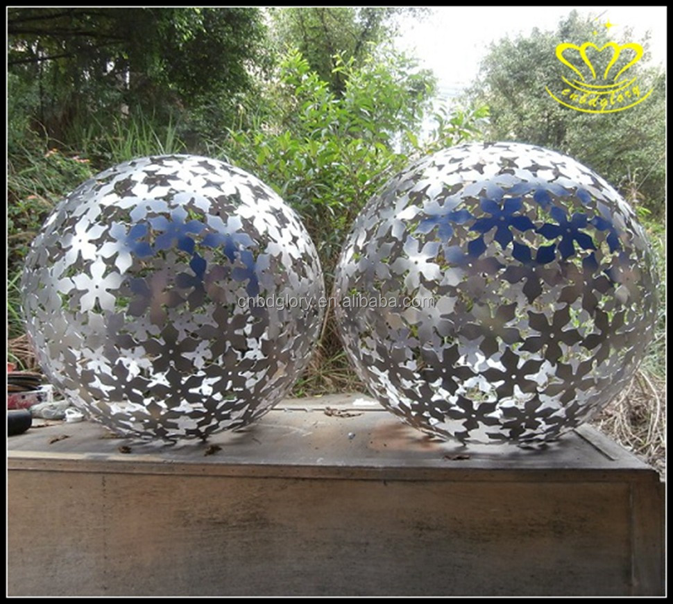 Outdoor Decoration metal welded stainless steel Hollow ball sculpture