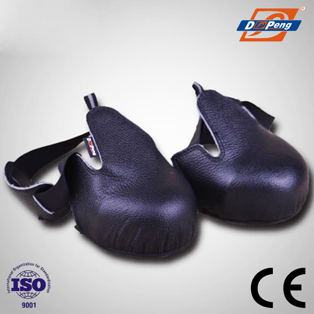 China steel toe anti-slip anti-smash TPR sole safety shoes cover wholesale