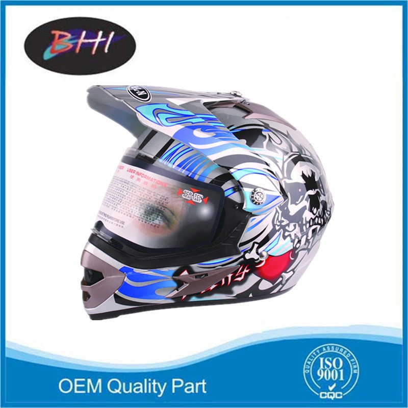 cheap safety motorcycle helmet with good quality
