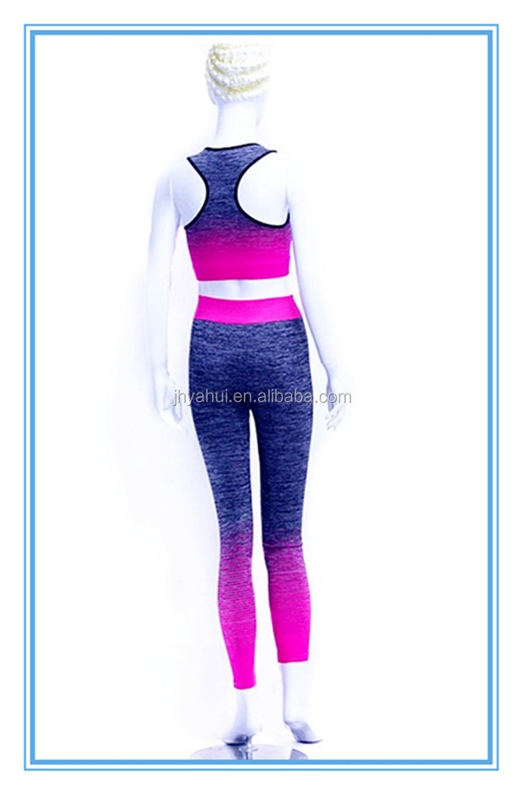 Lady's colorful seamless fitness sport clothing stock yoga wear set