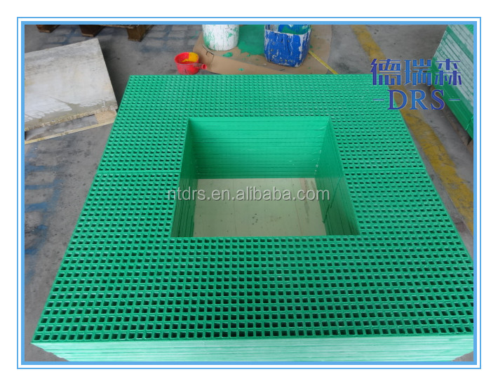 Solid fiberglass composite tree protection grating/FRP grille