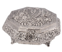 Indian Mughal Style Vintage Carving White Metal Box