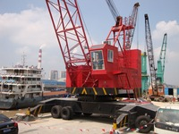 port wheel crane movable rough terrain tyre mounted