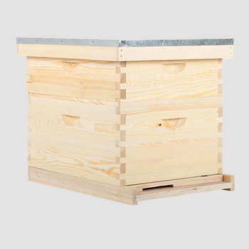 2018 Factory directly 2 to 7 layers OEM pine red cedar wooden bee hive box langstroth beehive