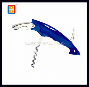 2017 Guangdong High Quality Plastic Handle Cheaper Multifunctional Wine Bottler Opener Promotional Wine Crokscrew Opener Kit