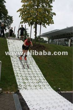 Skitrax - artificial / synthetic snow surface - skicross summer training