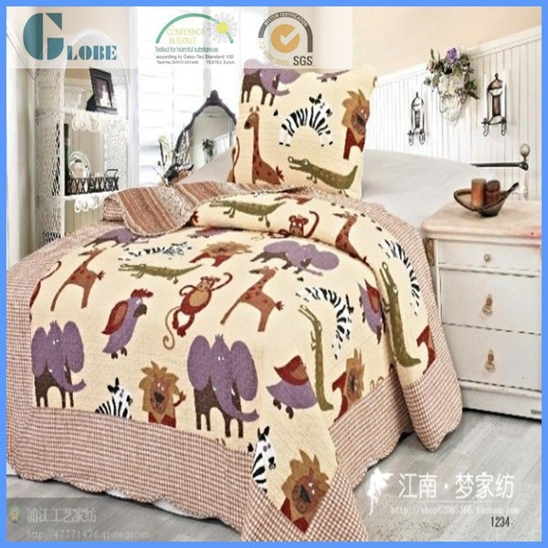 Hot sell 100% polyester children printed quilt patchwork chinese bedspread