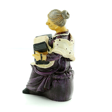 2015 European style creative crafts of old man resin sculpture Old couples ornaments wholesale / furnishing articles
