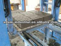 Semi-Automatic Brick Making Machine/Hollow brick making machine/plastic pallets for brick block making machine