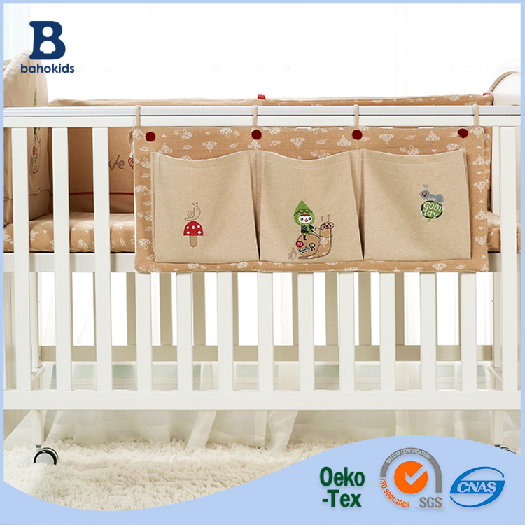Baho kids Factory 2017 100% cotton brown baby crib storage bag/ hanging organizer bag/ diaper &toy bag for baby
