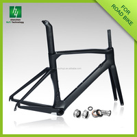 Carbon 700C road bicycle carbon frame /BB30 carbon frame monocoque bike frame