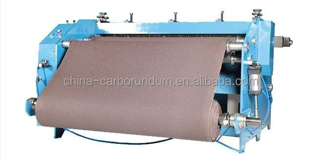 ABRASIVE CLOTH SLITTING MACHINE WITH LOADING AND UNLOADING CONVENIENT