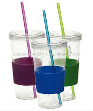 Transparent plastic drinking mugs with straw / plastic mug with silicon cover