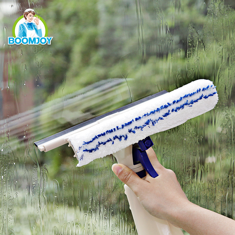Handheld spray window cleaner with squeegee window wiper