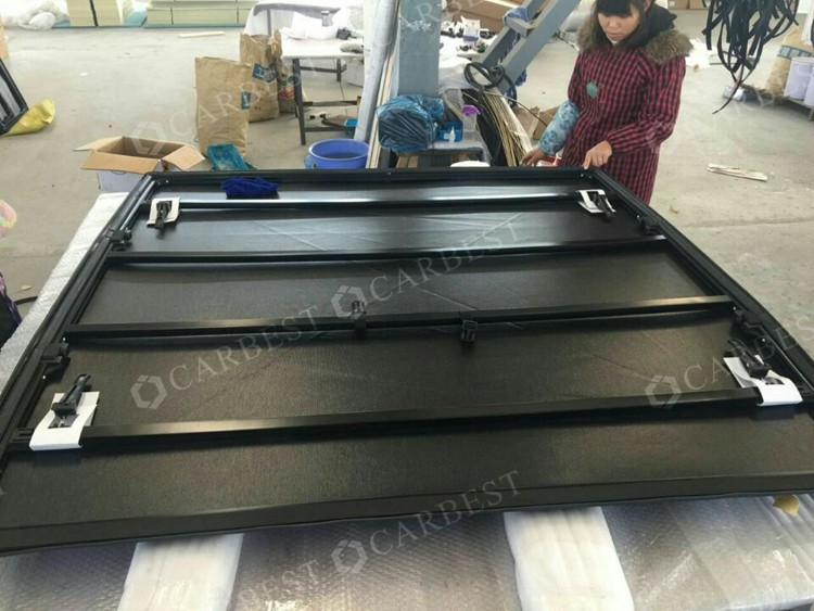 High Quality for NISSAN PVC Tonneau Bed Cover for NISSAN Navara Long Chasis, 5.5' Bed 2005-2014