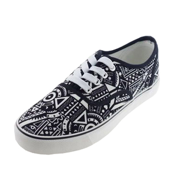 Handsome vulcanized canvas shoes
