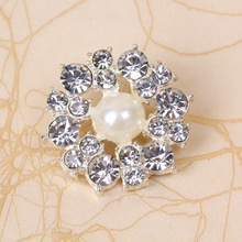 Fashion pearl rhinestone flower shape buttons for fur coat