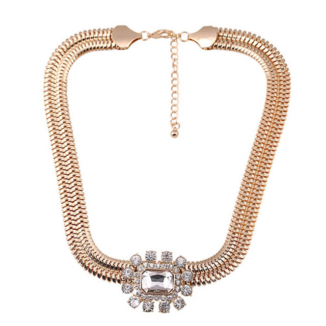 Chunky Exaggerated Green Clear Crystal Gold Bronze Alloy Gift For Women Flower Fashionable Jewelry Wholesale Necklace