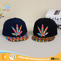 WINUP OEM Fashion Maple Leaf Logo Custom Baseball Caps Hats Men 3d Embroidery Snapback Dad Hat