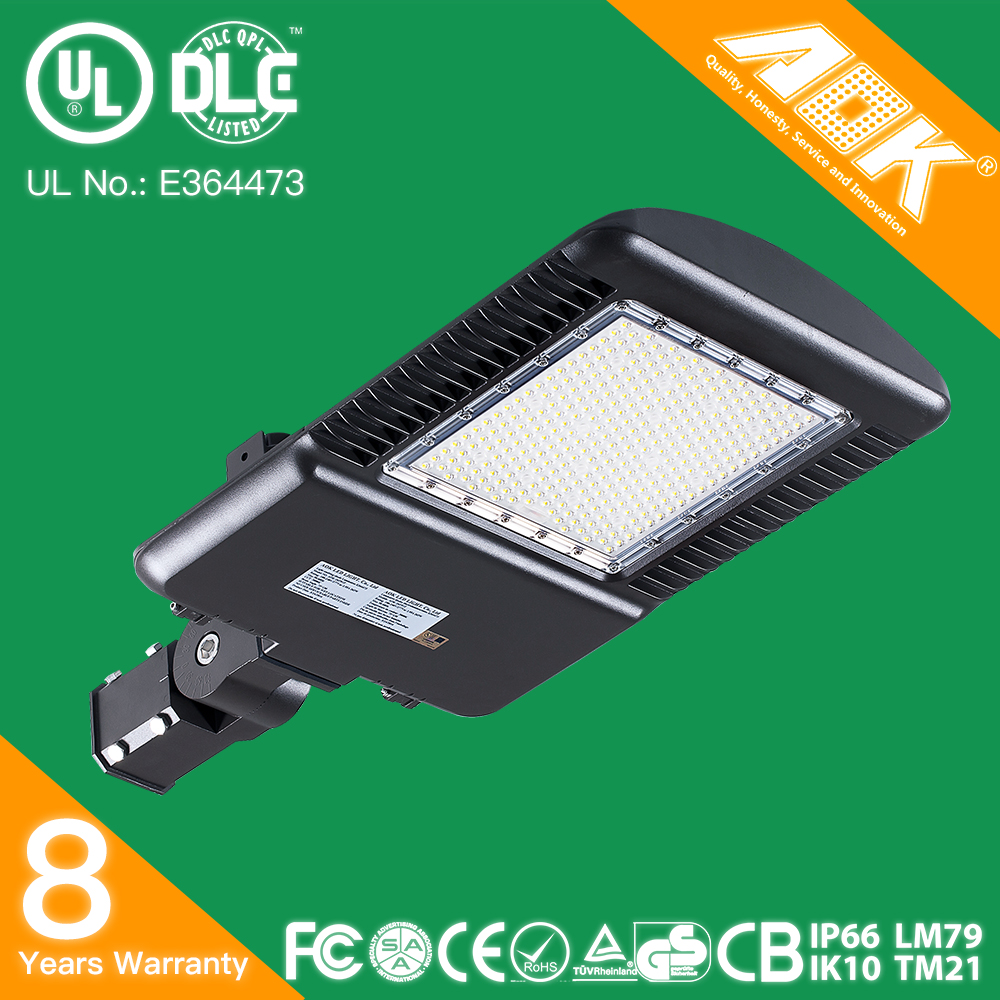 UL cUL DLC SAA 400W HPS Replacement 150W LED Pole Light With 8 Years Warranty