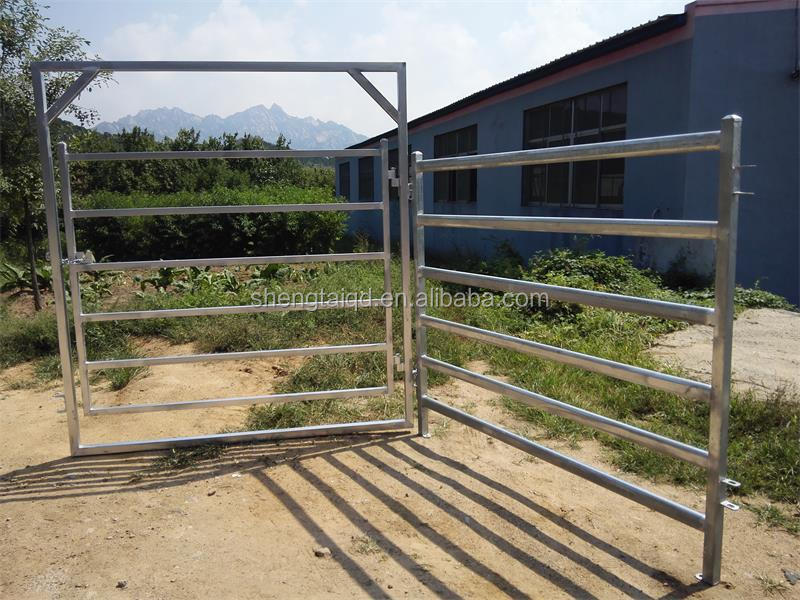 Galvanized bulk cattle fence panels Wholesale farm fencing