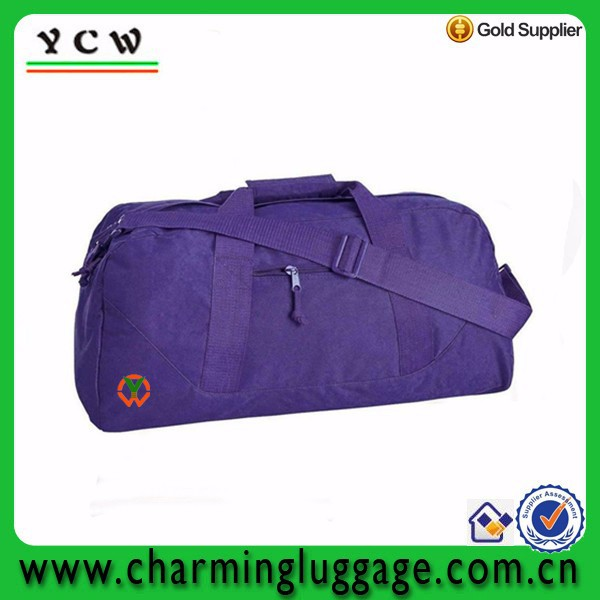 Hot sale athletic sport customize cheap 600D polyester duffle bag