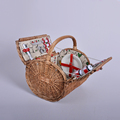 New design wicker picnic basket for 4 persons with fabric liner round shape