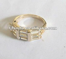 2012 new design men zinc alloy crystal wedding ring