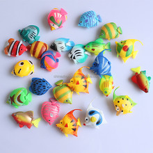 aquarium tank mini plastic fish shaped pet toys