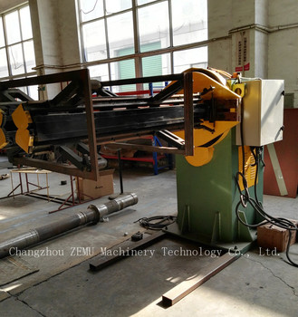 Tank Assembly Manipulator for Corrugated Panels