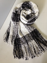 Black and white plaid pattern wholesale scarf with high quality
