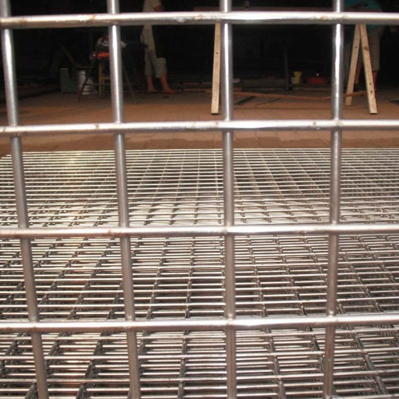 Welded wire mesh for animal cages, animal raising