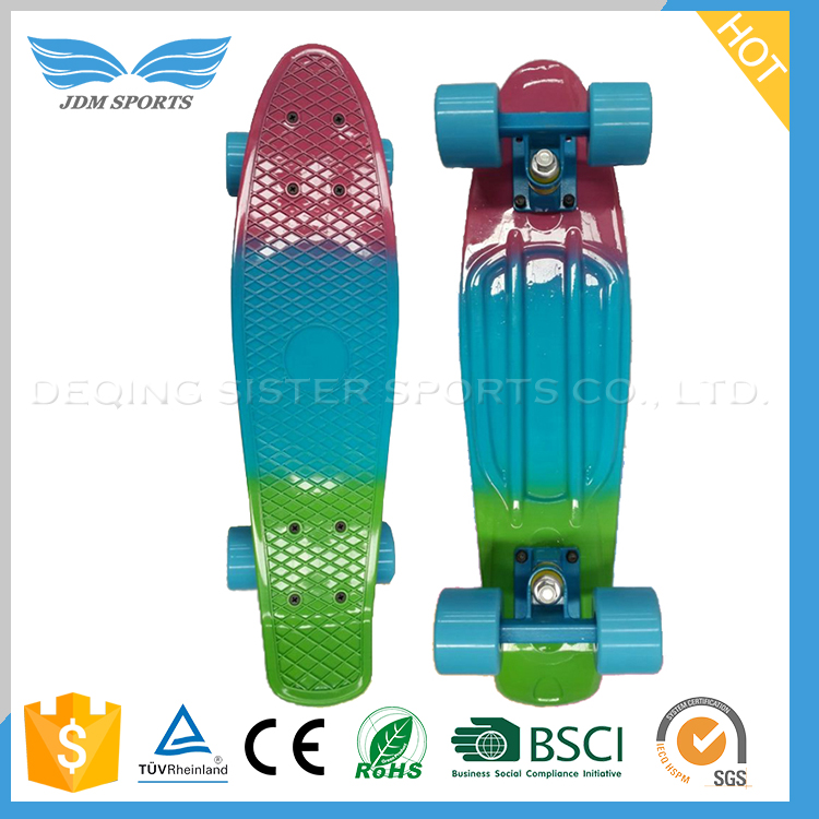 Widely Use Good Reputation Plastic PP 4 Wheel Skateboard