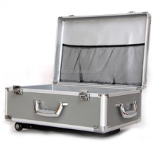 Gery Carrying Aluminum Suitcase with Trolley