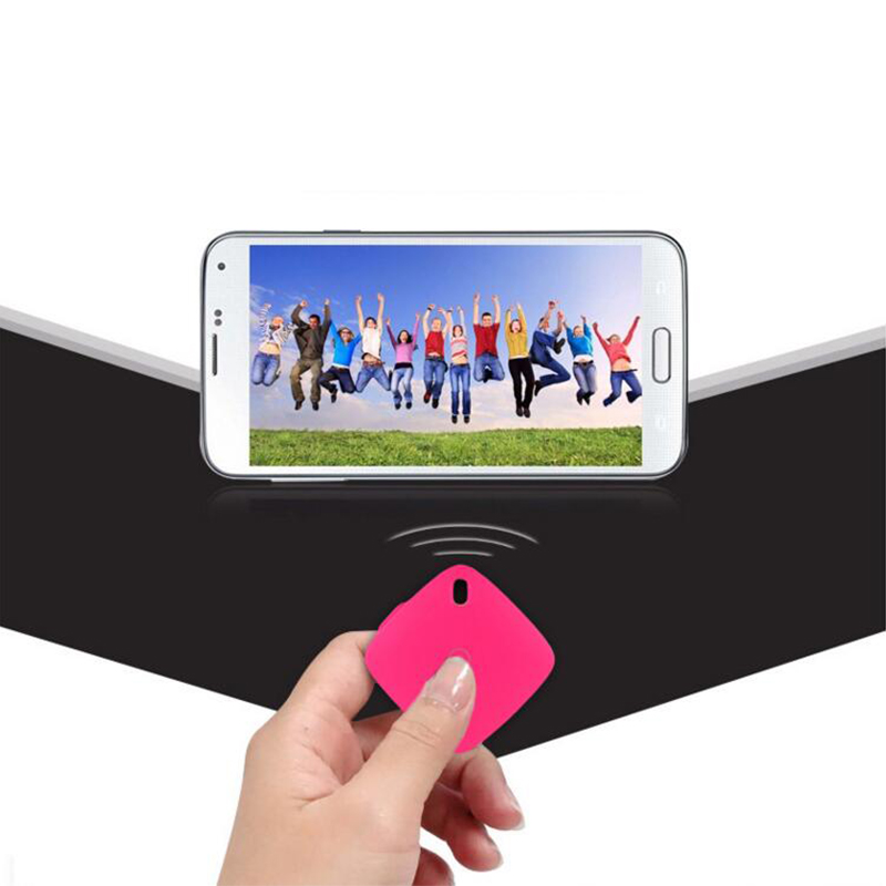 Ulanzi-Bluetooth-Remote-Control-Wireless-Shutter-Release-universal-for-iPhone-iPad-Samsung-Self-timer-for-Tripod (3)