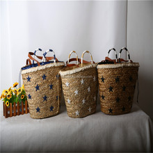 2018 good fashion hot-selling wholesale summer shoulder style straw beach bags