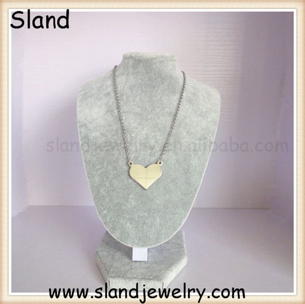 China manufacturer stainless steel jewelry big size heart shaped pendant necklace in silver, engraving blank necklace