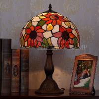 Wholesale Factory offer Sunflower Tiffany Table lamps Tiffany desk lamps Tiffany stained glass lamp for home decorations