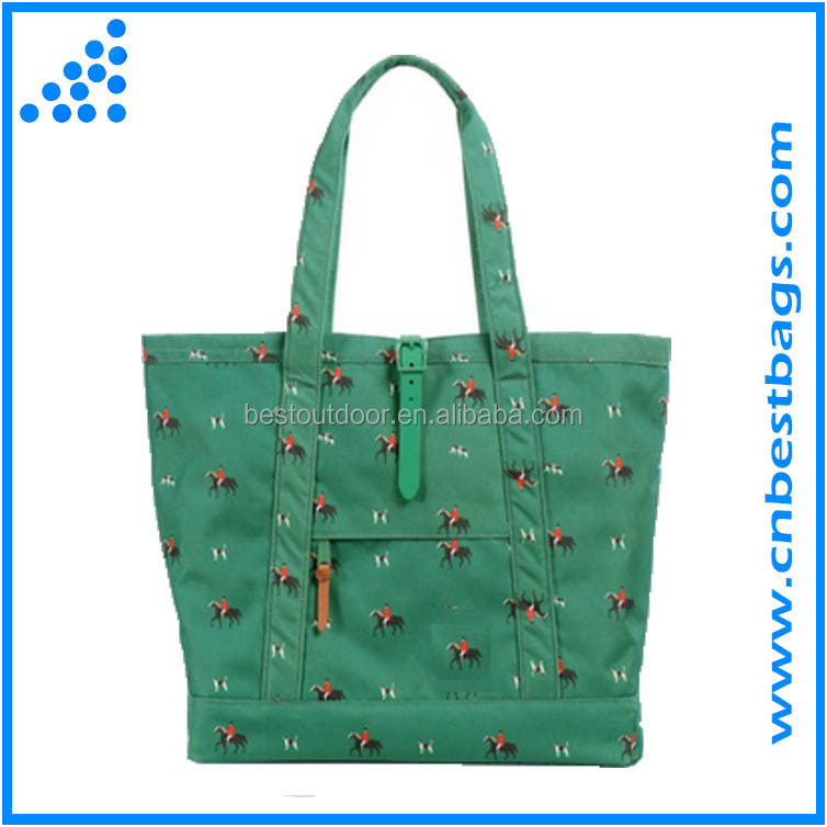 larger volume travel tote bag